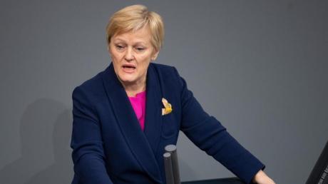 Renate Künast Mitte März bei einer Rede im Bundestag.