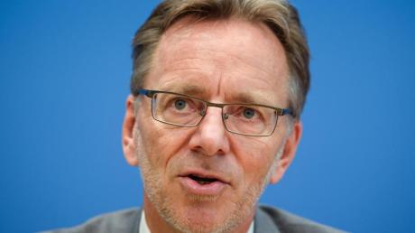 Holger Münch, Präsident des Bundeskriminalamtes, während einer Pressekonferenz.