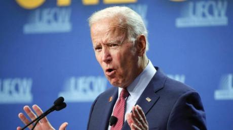 Joe Biden liegt in den Umfragen vorne.