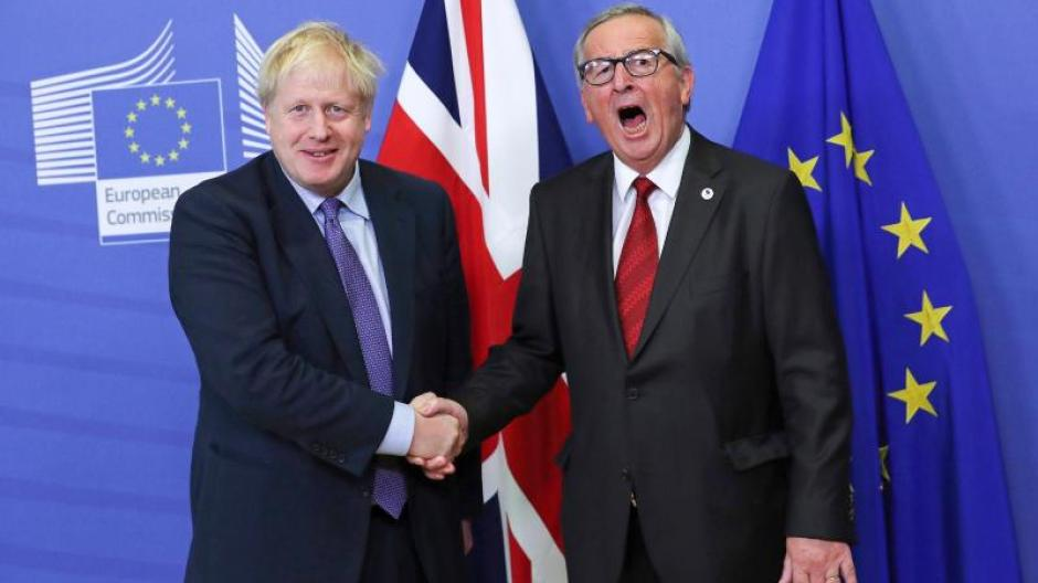 Großbritanniens Premierminister Boris Johnson (l) und EU-Kommissionspräsident Jean-Claude Juncker. Foto: Francisco Seco/AP/dpa
