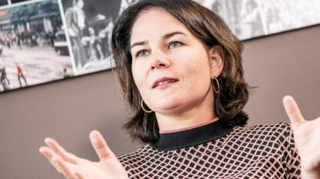 Annalena Baerbock, Bundesvorsitzende von Bündnis 90/Die Grünen, fordert eine starke Formulierung der Kinderrechte. Foto: Michael Kappeler/dpa