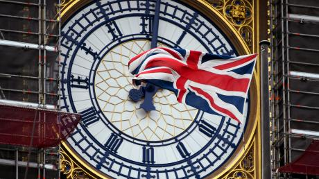 Die Briten haben jetzt noch knapp sechs Wochen Zeit für ihre Wahlentscheidung mitten in den Adventstagen.