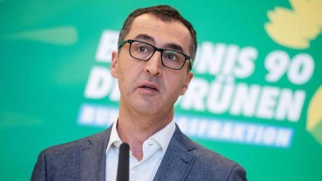 Der Grüne Cem Özdemir erhält nach eigenen Angaben Drohungen sowohl vonRechtsextremen als auch von türkischen Nationalisten.