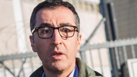 Die Morddrohungen gegen Cem Özdemir und Claudia Roth schrecken die Politik parteiübergreifend auf. Foto: Christoph Schmidt/dpa