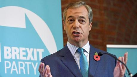 Nigel Farage, Chef der Brexit-Partei, will Schaden anrichten - und zwar vor allem bei der Labour-Partei. Foto: Stefan Rousseau/PA Wire/dpa