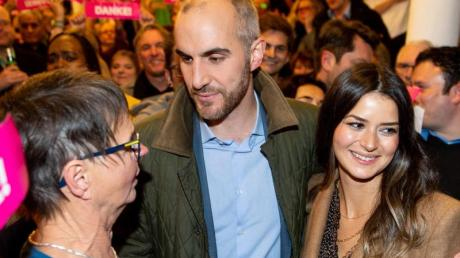 Belit Onay bei der Wahlparty im Alten Magazin in Hannover. Foto: Hauke-Christian Dittrich/dpa