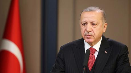 Der türkische PräsidentRecep Tayyip Erdogan will islamistische Extremisten mit ausländischem Pass in ihre Heimatländer abschieben.