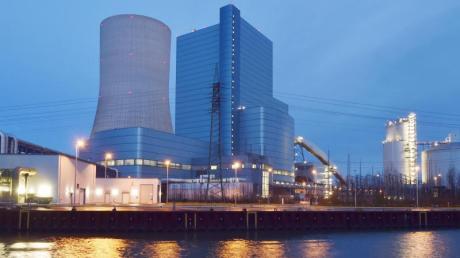 Das Kraftwerk Datteln 4 am Ufer des Datteln-Hamm-Kanals.