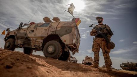 Bundeswehrsoldaten im Norden Malis. Foto: Michael Kappeler/dpa