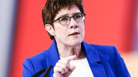 CDU-Chefin Annegret Kramp-Karrenbauer am 22 November beim Bundesparteitag in Leipzig.