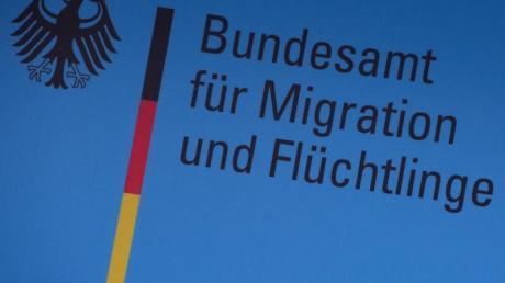 Der Schriftzug des Bundesamtes für Migration und Flüchtlinge (BAMF).