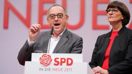 Norbert Walter-Borjans und Saskia Esken, die beiden Bundesvorsitzenden der SPD.