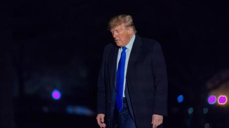 US-Präsident Trump weist alle Vorwürfe vehement zurück, auch seine Republikaner kritisieren die Anschuldigungen als vollkommen unbegründet.