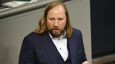 Grünen-Fraktionschef Hofreiter will gegen die Union ums Kanzleramt kämpfen.