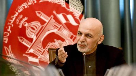 Afghanistans Präsident Aschraf Ghani hat der Wahlkommission zufolge die Präsidentenwahl gewonnen.