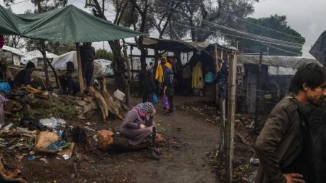 Zuflucht EU?Viele Flüchtlingslager in Griechenland sind hoffnungslos überfüllt und erschreckend schäbig.