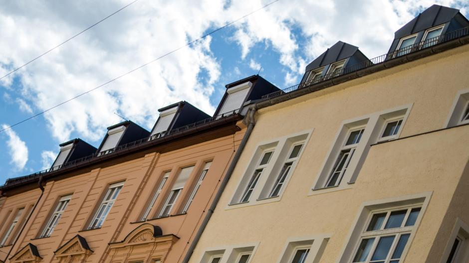 In Bayern ziehen die Kaufpreise für Wohnungen und Häuser weiter an.