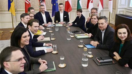 Am Freitag räumten die künftigen Koalitionspartner in Österreich wieder einige Hindernisse aus dem Weg.