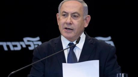 Das israelische Justizministerium hatte im November mitgeteilt, dass Ministerpräsident Netanjahu wegen Betrugs und Untreue sowie Bestechlichkeit angeklagt werden soll.