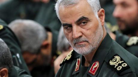 Irans berühmt-berüchtigtes Gesicht im Ausland: General Ghassem Soleimani. Im eigenen Land wurde er verehrt. Westliche Regierungen sahen in Soleimani jedoch einen Terroristen.