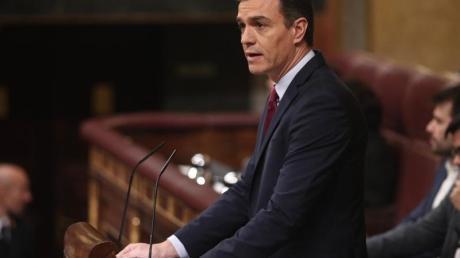 Pedro Sanchez erhielt 167 Ja-Stimmen, 165 Abgeordnete stimmten gegen ihn.