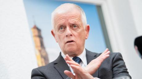 Basta! Fritz Kuhn (Bündnis 90/Die Grünen), Oberbürgermeister von Stuttgart, tritt nicht mehr zur Oberbürgermeister-Wahl im Herbst an.