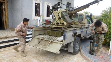 Seit 2011 und dem Sturz von Machthaber Muammar al-Gaddafi befindet sich Libyen imBürgerkrieg.