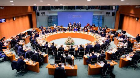 Am Runden Tisch im Berliner Kanzleramt wurde um eine friedliche Zukunft für das Bürgerkriegsland Libyen gerungen.