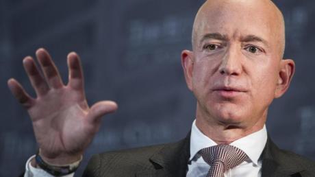 Amazon-Chef Jeff Bezos soll im Mai 2018 eine infizierte WhatsApp-Nachricht vom persönlichen Konto des saudischen Kronprinzen erhalten haben.