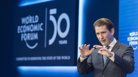 Sebastian Kurz, Bundeskanzler von Österreich, denkt in Davos laut über schwarz-grüne Bündnisse nach - auch in Deutschland.