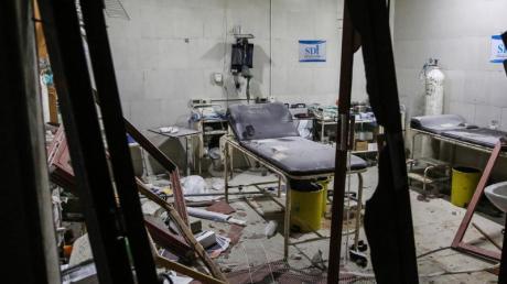 Blick in das Innere des getroffenen Shami-Krankenhauses.