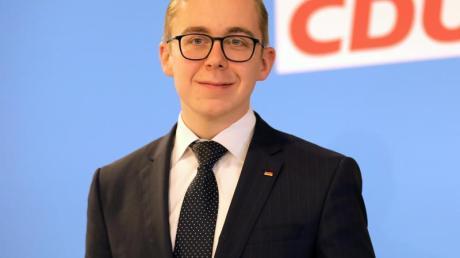 Philipp Amthor, der gegenwärtig jüngste CDU-Bundestagsabgeordnete, bewirbt sich um den CDU-Landesvorsitz in Mecklenburg-Vorpommern.