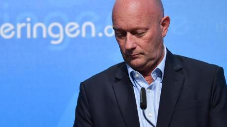 Aus der Traum:Thomas Kemmerich, Noch-Ministerpräsident von Thüringen, kündigt seinen Rückzug an.