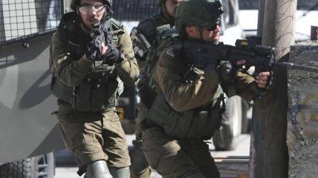 Eskalation in Bethlehem: Israelische Soldaten zielen auf palästinensische Demonstranten.