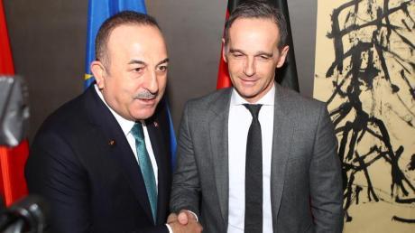 Der türkische Außenminister Mevlut Cavusoglu (l.) und sein deutscher Amtskollege Heiko Maas.
