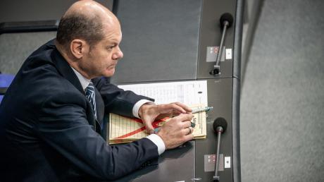 Die Union erhöht den Druck auf SPD-BundesfinanzministerOlaf Scholz die Finanzierung der neuen Grundrenteohne Gelder aus den Sozialkassen sicher zu stellen.