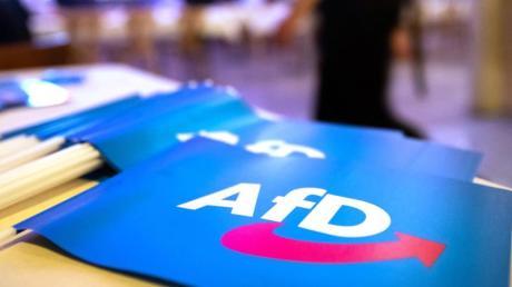 Nach dem Terroranschlag von Hanau wird die AfD von Vertretern der anderen Parteien heftig kritisiert.