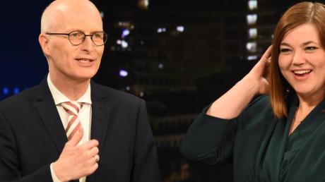 Die Spitzenkandidaten zur Bürgerschaftswahl Peter Tschentscher (SPD), Erster Bürgermeister von Hamburg, und Katharina Fegebank (Bündnis 90/Die Grünen), Zweite Bürgermeisterin im Wahlstudio des NDR.