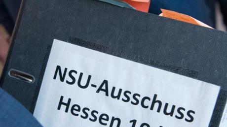 Eine Petition mit mehr als 67.000 Unterschriften fordert die Freigabe der hessischen NSU-Akten.