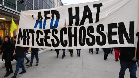 """Demonstration nach den rechtsextremen Morden von Hanau: """"AFD hat mitgeschossen""""."""