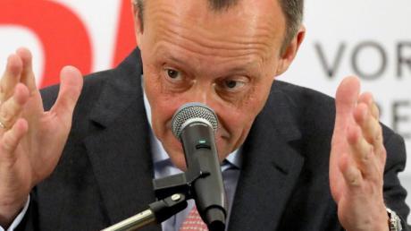 Merz bekräftigte bei seinem Auftritt in Mecklenburg-Vorpommern, er wolle «einen Beitrag leisten», die Herausforderungen der nächsten Jahre zu meistern.