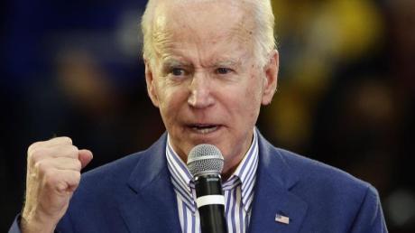 Bei der wichtigen Vorwahl im Rennen um die US-Präsidentschaftskandidatur der Demokraten im Bundesstaat South Carolina sagen TV-Sender einen Sieg für Ex-Vizepräsident Joe Biden voraus.