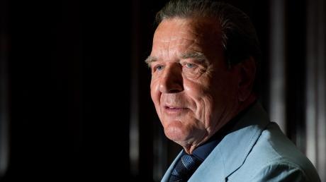 Gerhard Schröder hat immer noch etwas zu sagen.