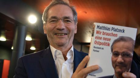 Ex-SPD-Chef Matthias Platzeck und früherer Ministerpräsident von Brandenburg wirbt für eine neue Ostpolitik.