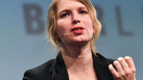 Die US-amerikanische Whistleblowerin Chelsea Manning nimmt 2018 an der Internetkonferenz re:publica teil.