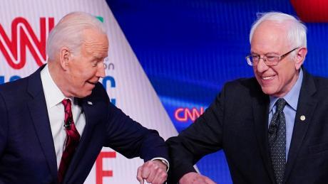 Bernie Sanders will nicht mehr US-Präsident werden und macht den Weg für seinen Parteikollegen Joe Biden frei.