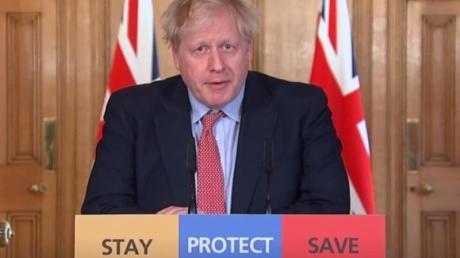 Boris Johnson während einer Pressekonferenz in der Downing Street 10.