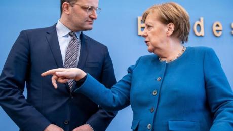 Die Partei von Bundeskanzlerin Angela Merkel und Gesundheitsminister Jens Spahn (beide CDU) gewinnt an Zustimmung.