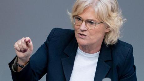 «Die Freiwilligkeit ist ein ganz wichtiger Aspekt. Da können und wollen wir nicht drumherum»: Bundesjustizminiterin Christine Lambrecht.