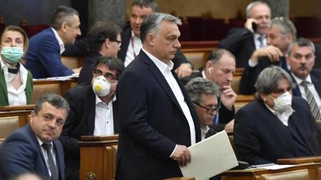 Weg in die Autokratie? Viktor Orban hat sich vom Parlament mit umfassenden Sondervollmachten ausstatten lassen.
